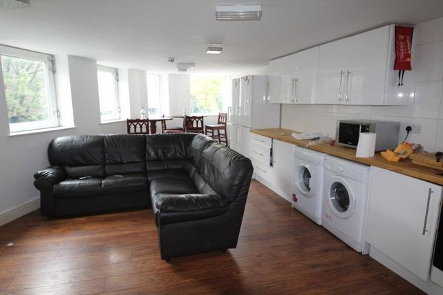 Thumbnail Flat to rent in Glasshouse Street, Nottingham