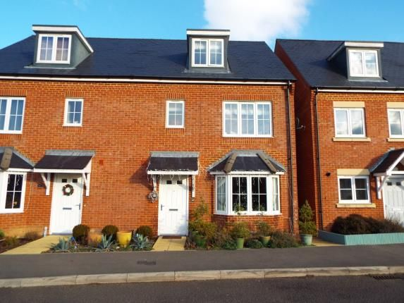 Thumbnail Semi-detached house for sale in Tadley, Hampshire, England