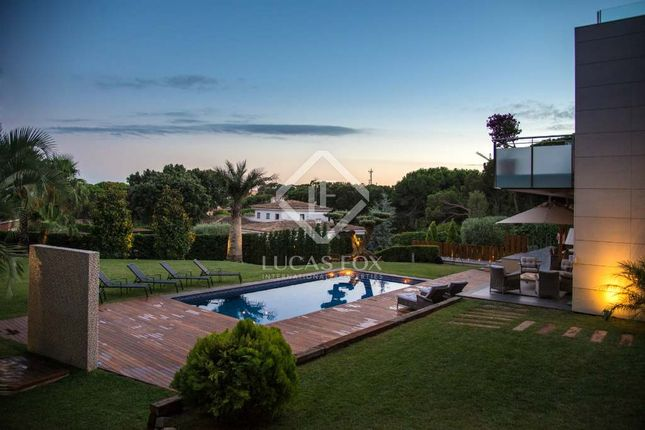 Thumbnail Villa for sale in Spain, Barcelona North Coast (Maresme), Sant Andreu De Llavaneres, Lfs7051