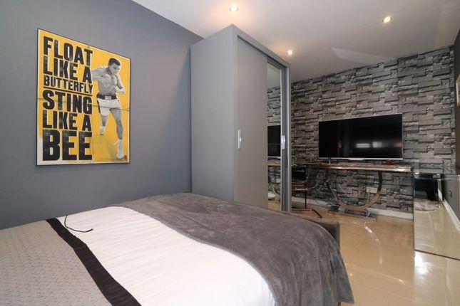 Bedroom 2 of Sanquhar Road, Glasgow G53