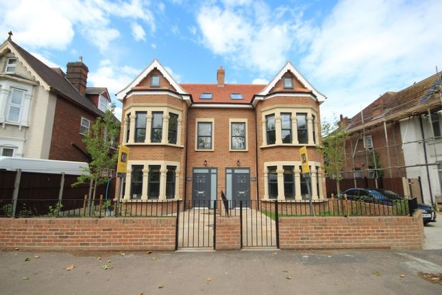 Thumbnail Semi-detached house to rent in Aldersbrook Road, Wanstead, London
