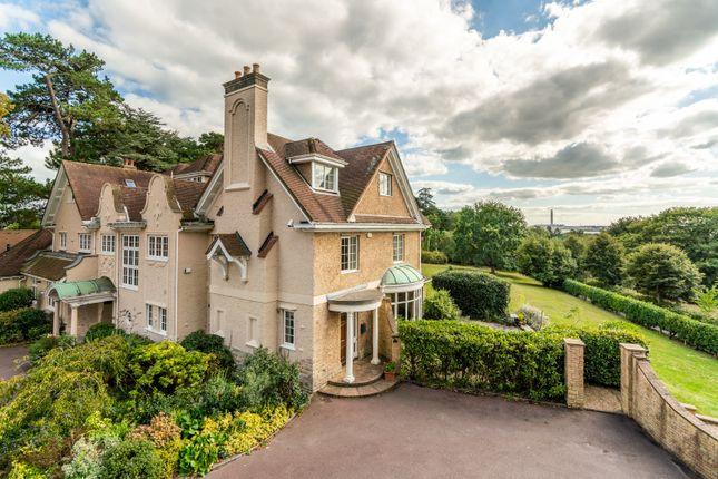 Thumbnail Country house for sale in Newtown Road, Warsash