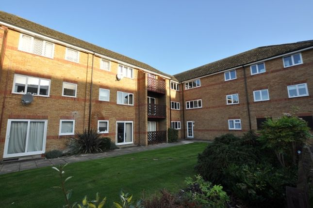 Thumbnail Flat to rent in Braziers Quay, South Street, Bishop's Stortford
