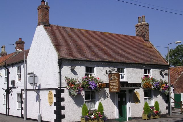 Thumbnail Pub/bar for sale in Near Ulceby, North Lincolnshire