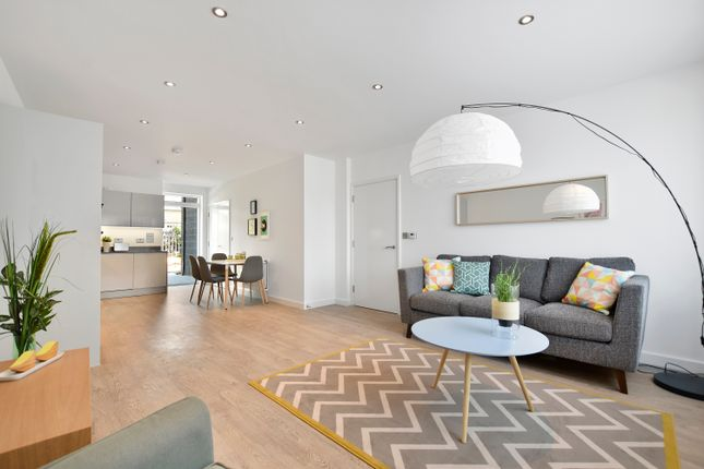 Thumbnail Flat for sale in 6 Blossom House, 5 Reservoir Way, London