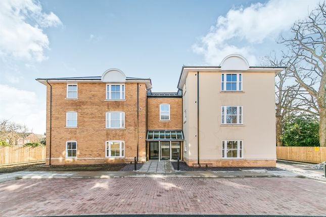 2 bed flat for sale in Main Road, Dovercourt, Harwich CO12