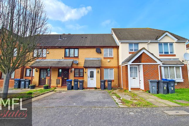 2 bed terraced house to rent in Kelvin Gardens, Croydon CR0