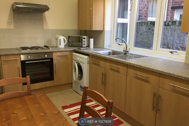 Room to rent in Ermine Road, Chester