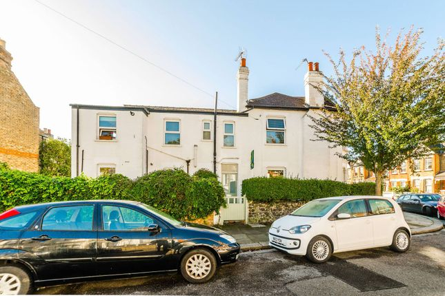 Thumbnail Flat to rent in North View Road, Hornsey