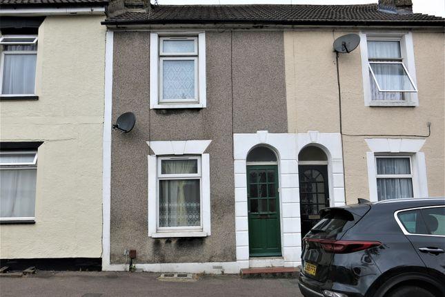 Thumbnail Terraced house to rent in Skinner Street, Gillingham