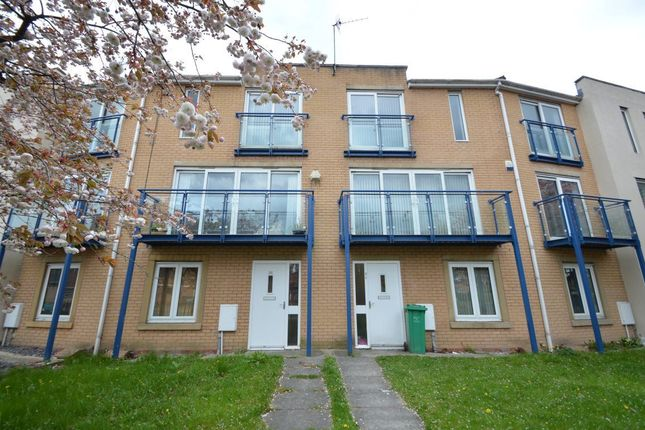 Thumbnail Property to rent in Royce Road, Hulme, Manchester
