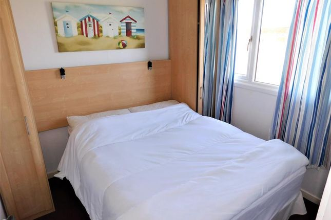 Bed 1 of Links Avenue, Mablethorpe LN12