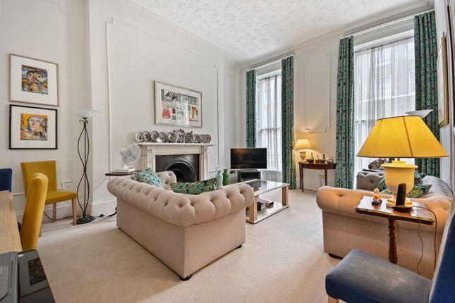 Thumbnail Flat to rent in Upper Wimpole Street, Marylebone Village, London W1.