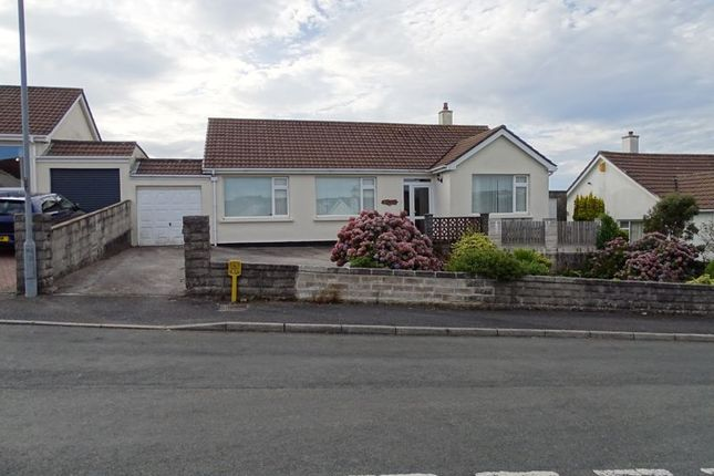 Thumbnail Bungalow for sale in Westborne Heights, Redruth