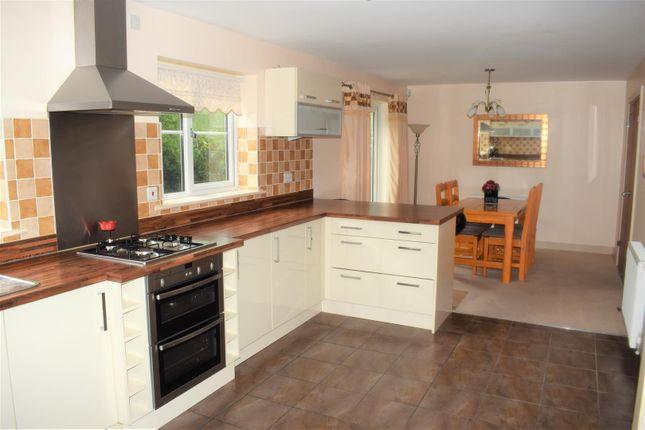 Day Kitchen of Archers Close, Wrawby, Brigg DN20