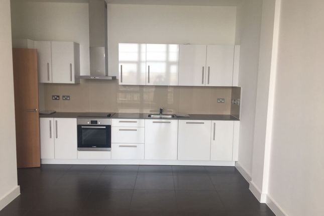 Thumbnail Flat to rent in Powis St, Woolwich