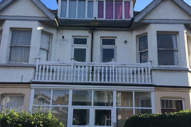 Thumbnail Flat for sale in Lyndhurst Avenue, Cliftonville, Margate