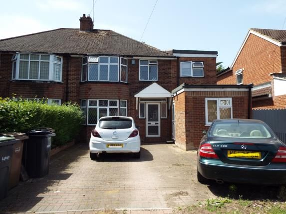 Thumbnail Semi-detached house for sale in Oakley Road, Luton, Bedfordshire, United Kingdom