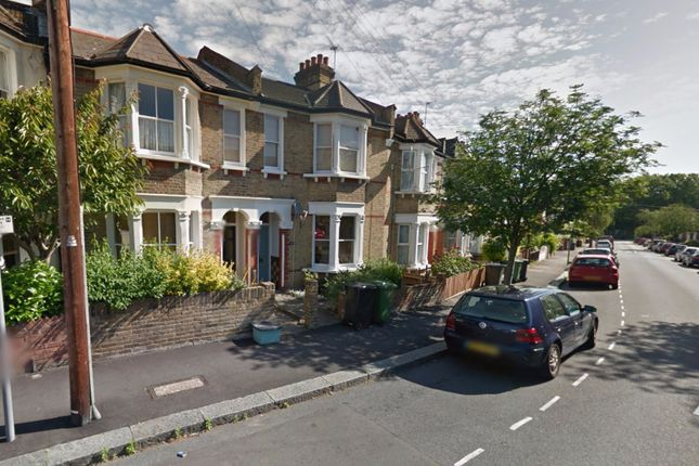 Thumbnail Flat to rent in Brightside Road, Hither Green