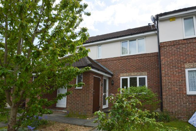 2 bed flat to rent in Coupals Close, Haverhill CB9