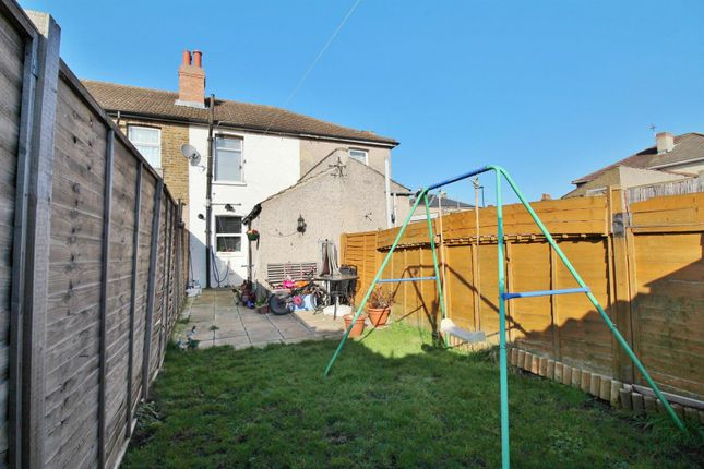 Thumbnail Terraced house for sale in Church Road, Welling