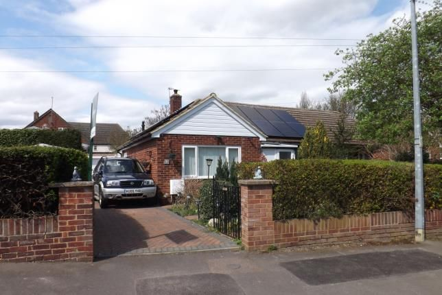 Thumbnail Bungalow for sale in Boddington Gardens, Biggleswade, Bedfordshire