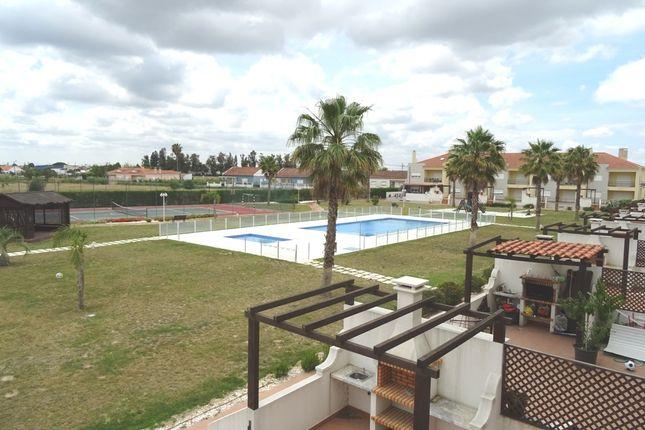 3 bed town house for sale in Villas De Samorena Garden, Samora Correia, Benavente, Santarém, Central Portugal