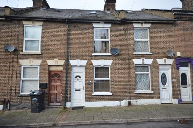 3 bed terraced house to rent in North Street, Luton LU2