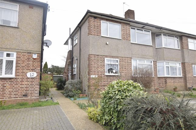 Thumbnail Maisonette to rent in Erith Crescent, Collier Row, Romford