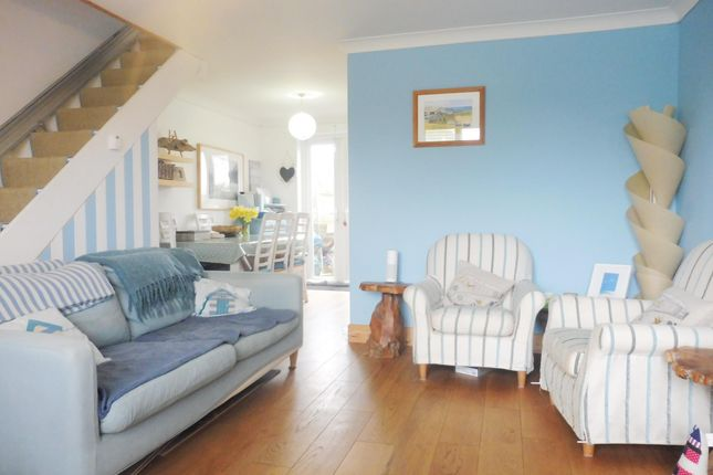 Thumbnail Terraced house to rent in Kingfisher Way, Ringwood