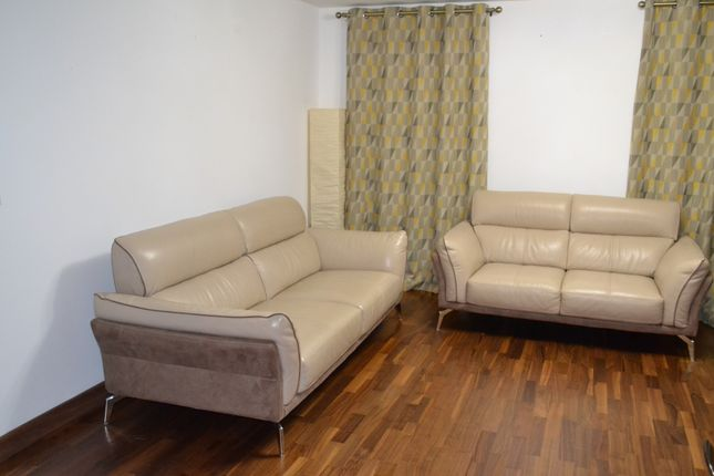 Thumbnail Flat to rent in Pisces Court, Edgware
