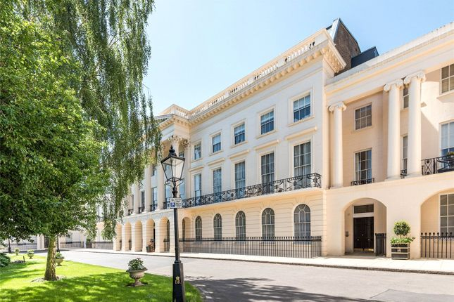 Thumbnail Flat to rent in Clarence Terrace, Regent's Park, London