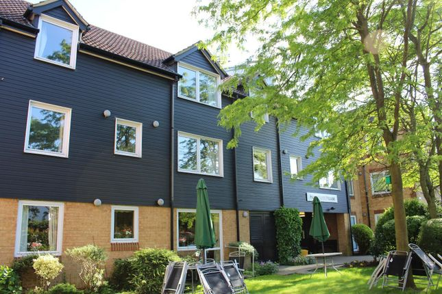 Thumbnail Flat for sale in Sawyers Hall Lane, Brentwood