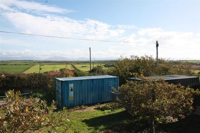 Thumbnail Land for sale in Gallt Y Mwg, Pencarnisiog, Rhosneigr