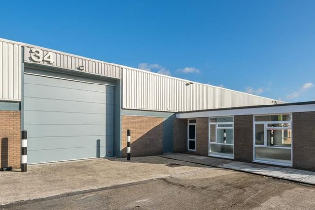 Thumbnail Industrial to let in Unit 33-34, Fareham Industrial Park, Standard Way, Fareham