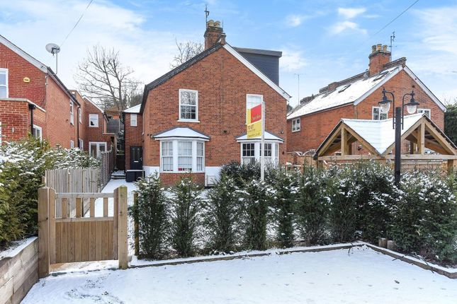 Thumbnail Semi-detached house to rent in Exchange Road, Sunninghill