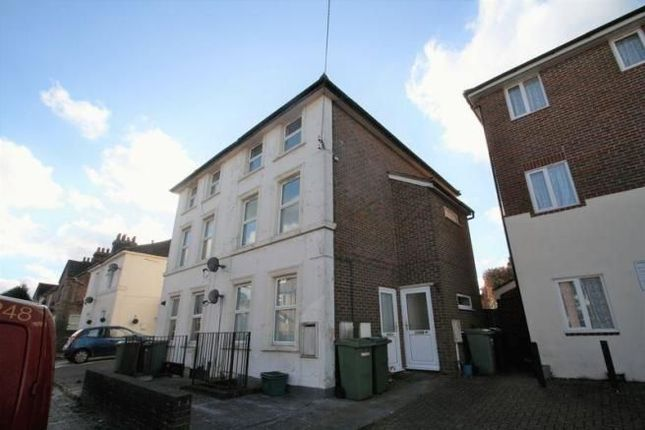 2 bed maisonette to rent in Bedford Road, Southborough, Tunbridge Wells TN4