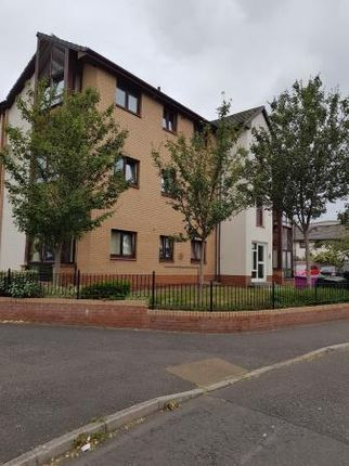 Thumbnail Flat to rent in Southhouse Drive, Edinburgh