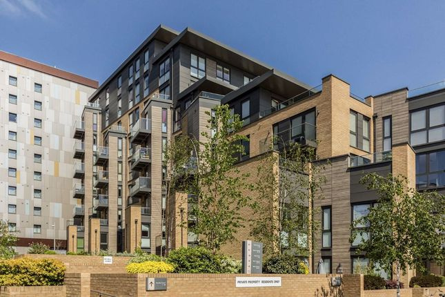 Thumbnail Flat to rent in Baltic Avenue, Brentford