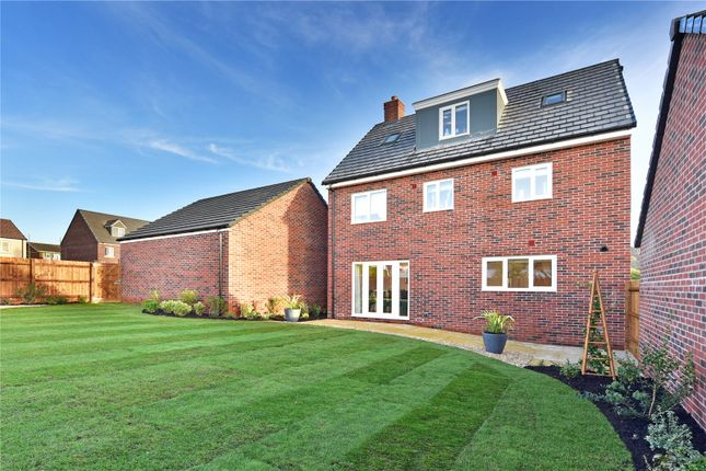 Thumbnail Detached house for sale in The Carriages, Chinnor
