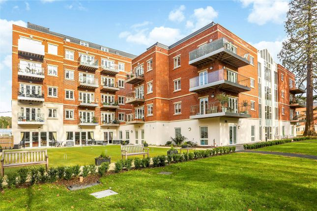Thumbnail Flat for sale in Cedar Lodge, Rise Road, Sunninghill, Sunningdale, Ascot