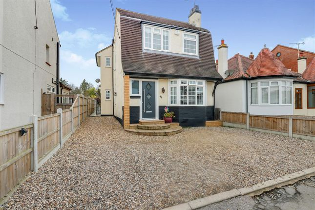 3 bed property for sale in Mornington Avenue, Rochford SS4
