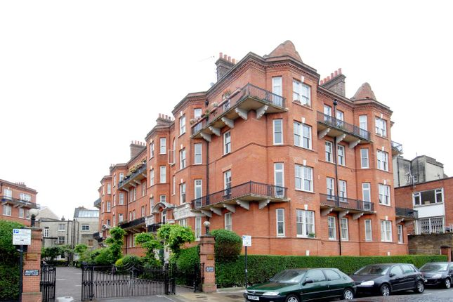 Thumbnail Flat to rent in Kensington Hall Gardens, Beaumont Avenue, London