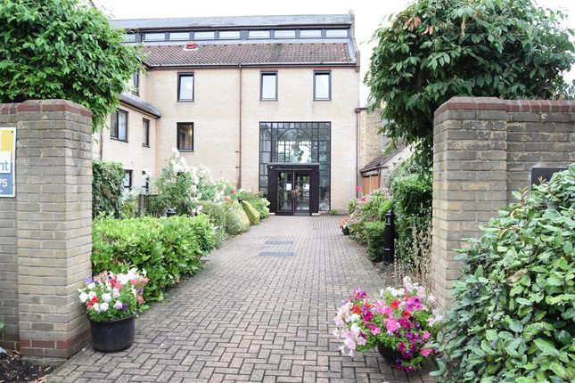1 bed property for sale in Albion Court, Queen Street, Chelmsford CM2