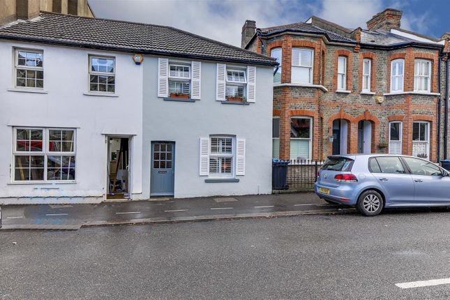 Thumbnail Property for sale in Compton Terrace, Hoppers Road, London