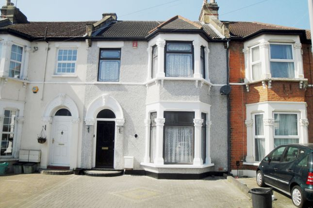 Thumbnail Terraced house to rent in Bythswood Road, Goodmayes