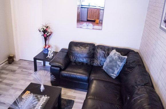 Thumbnail Semi-detached house to rent in High Street, Gillingham, Medway
