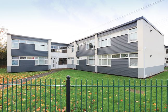 1 bed flat to rent in Reedswood Gardens, Walsall WS2