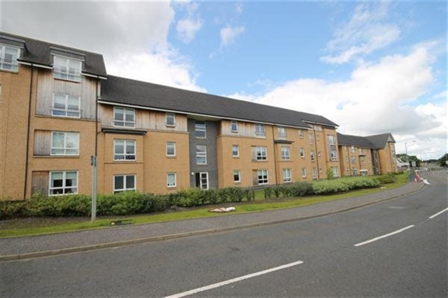 Thumbnail Flat to rent in Roxburgh Court Carfin Motherwell, Motherwell