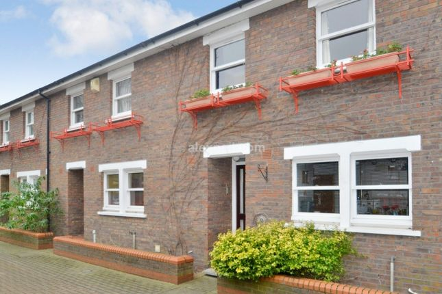 Thumbnail Terraced house for sale in Lockesfield Place, London